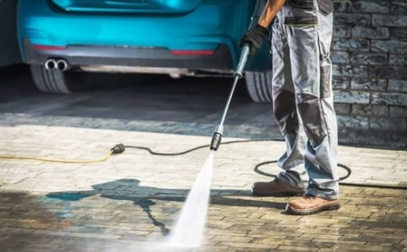 pressure washing residential driveway